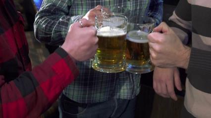toast beer 3 men